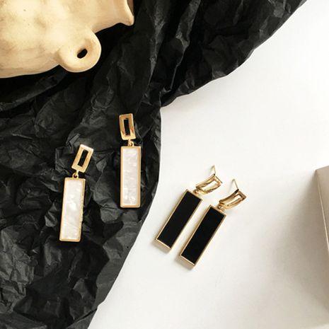mode nouveau noir géométrique rectangulaire tempérament longues boucles d'oreilles nihaojewelry gros NHXI233086's discount tags