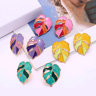 fashion metal wild contrast color maple temperament exaggerated earrings wholesale nihaojewelry NHSC233362's discount tags