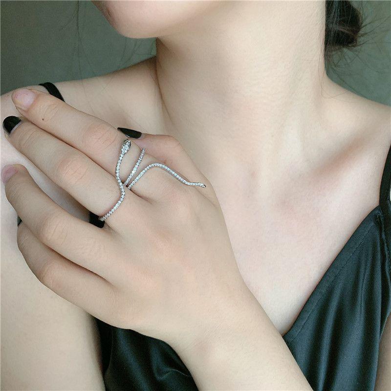flashing diamond micro-inlaid zircon serpentine winding finger ring wholesale nihaojewelry NHYQ239984