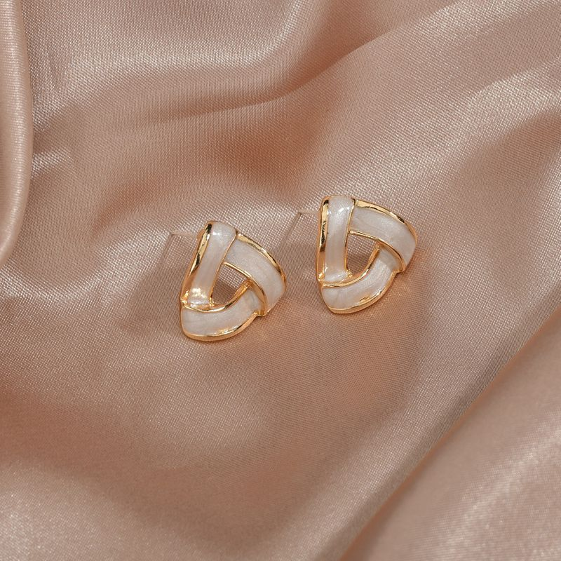 S925 silver needle elegant retro simple geometric triangle earrings wholesale nihaojewelry NHBQ239992