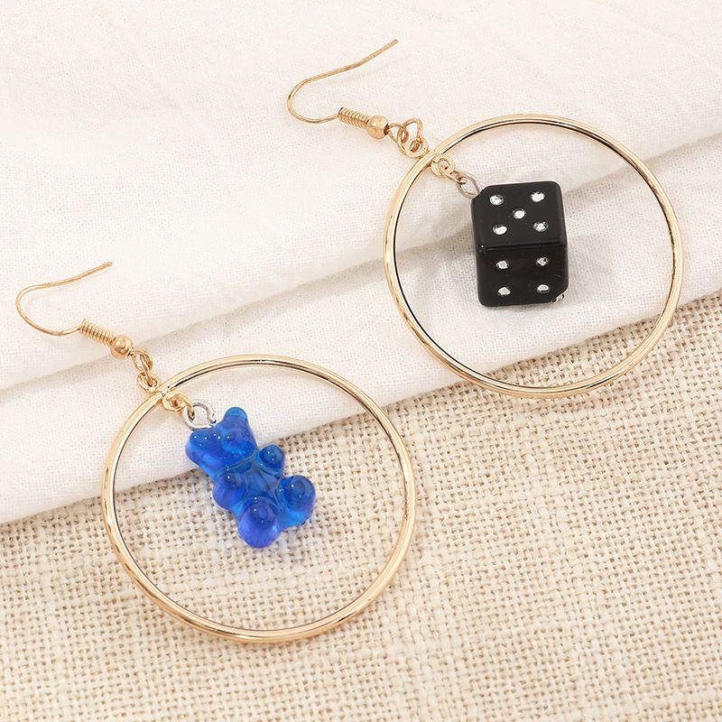 new fashion  personality fun resin bear dice  simple geometric round earrings wholesale   NHNZ240244