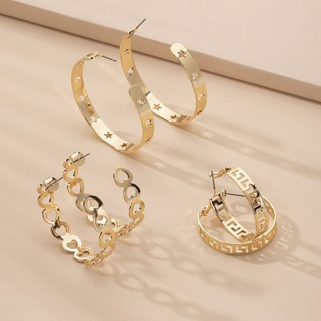 Korea C-shaped chain hollow hip hop exaggerated fashion circle earrings wholesale nihaojewelry NHAI242922's discount tags