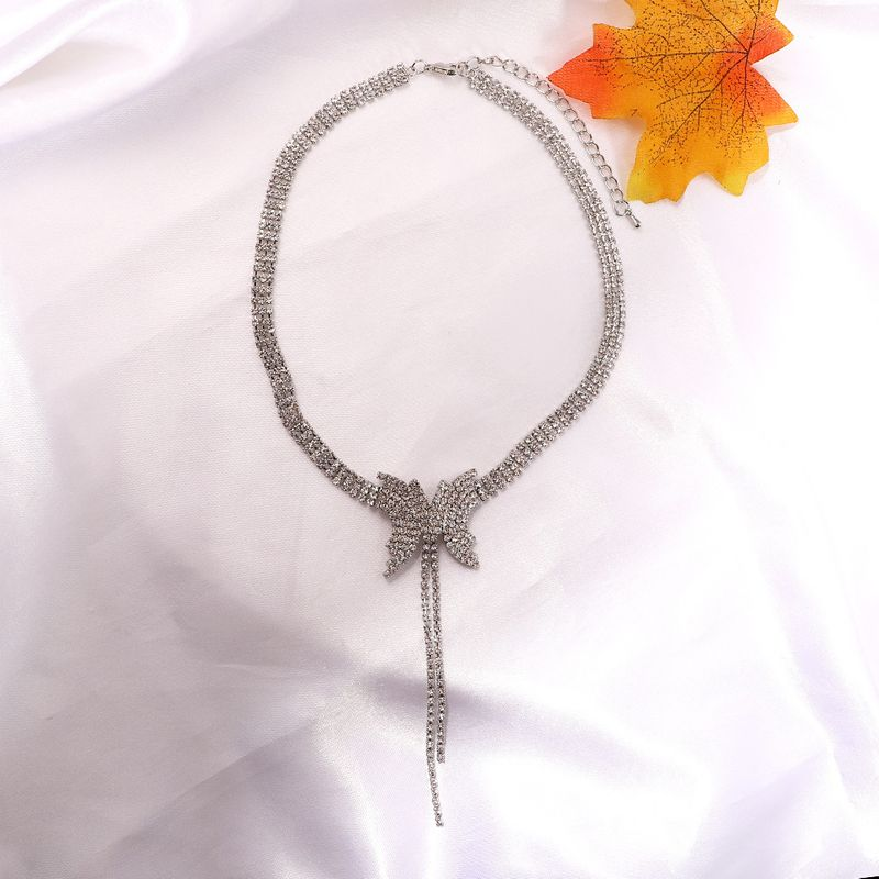 Silver transparent rhinestone long chain butterfly-shaped trendy girls Korean simple trend wild necklace NHJQ243045