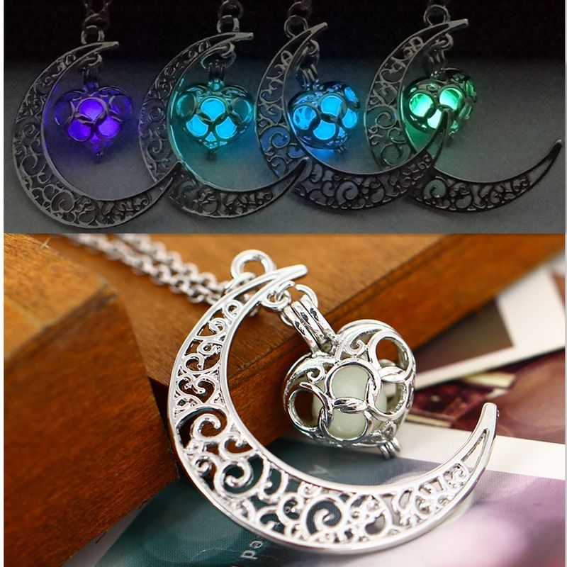 hot selling hollow moon heart-shaped luminous Christmas alloy clavicle chain NHAN243325