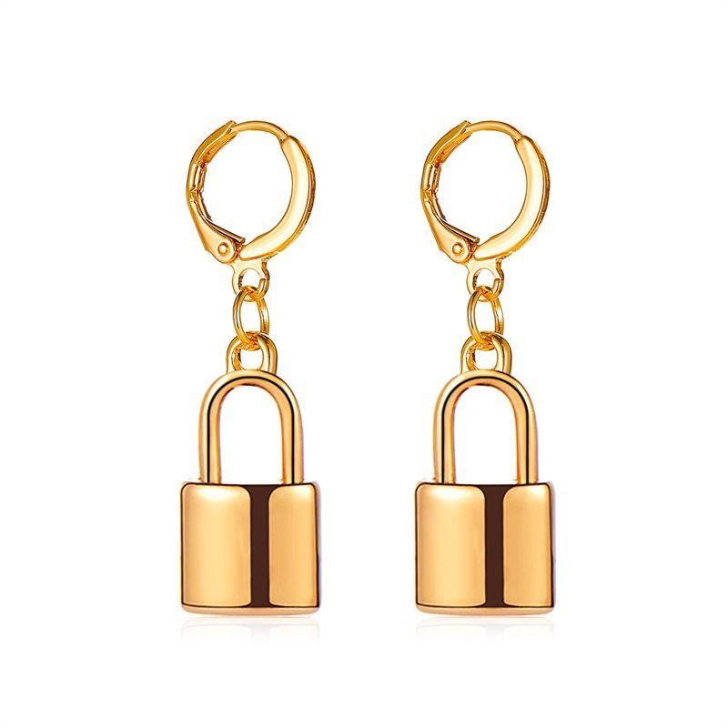 new punk style hip-hop creative lock ear buckle gold and silver pendant earrings wholesale nihaojewelry NHMO243347