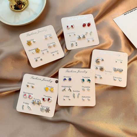 S925 argent aiguille micro incrusté de cristal boucles d'oreilles courtes en gros nihaojewelry NHSD243615's discount tags