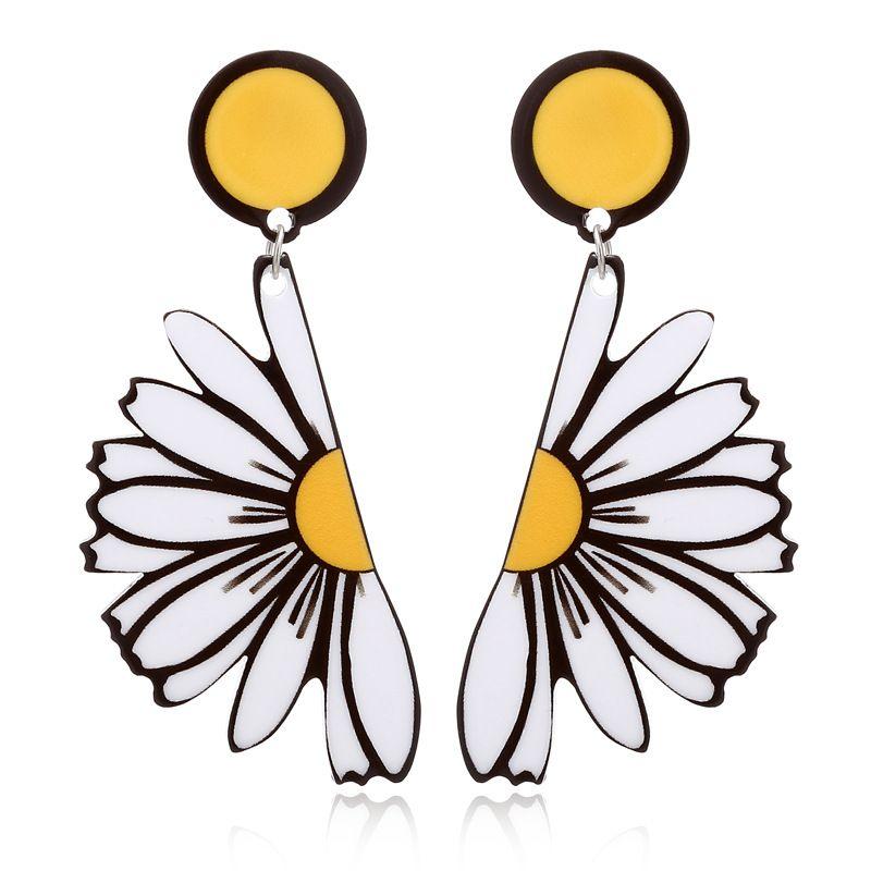 Korean summer acrylic daisy flower exaggerated semicircle chrysanthemum alloy earring  NHXI243626