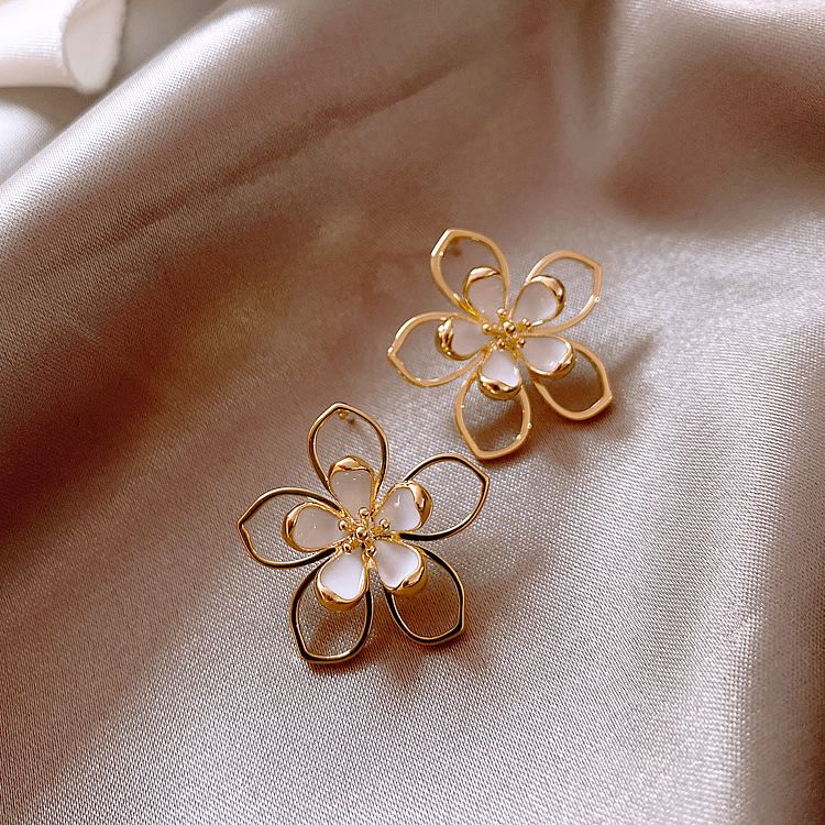 Daisy Petal  Fairy New Trendy Fashion 925 Silver Pin alloy Ear Jewelry  NHXI243654