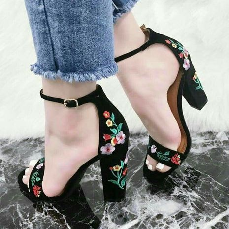 new women's embroidered thick high heels sexy open toe buckle sandals  NHSO244252's discount tags