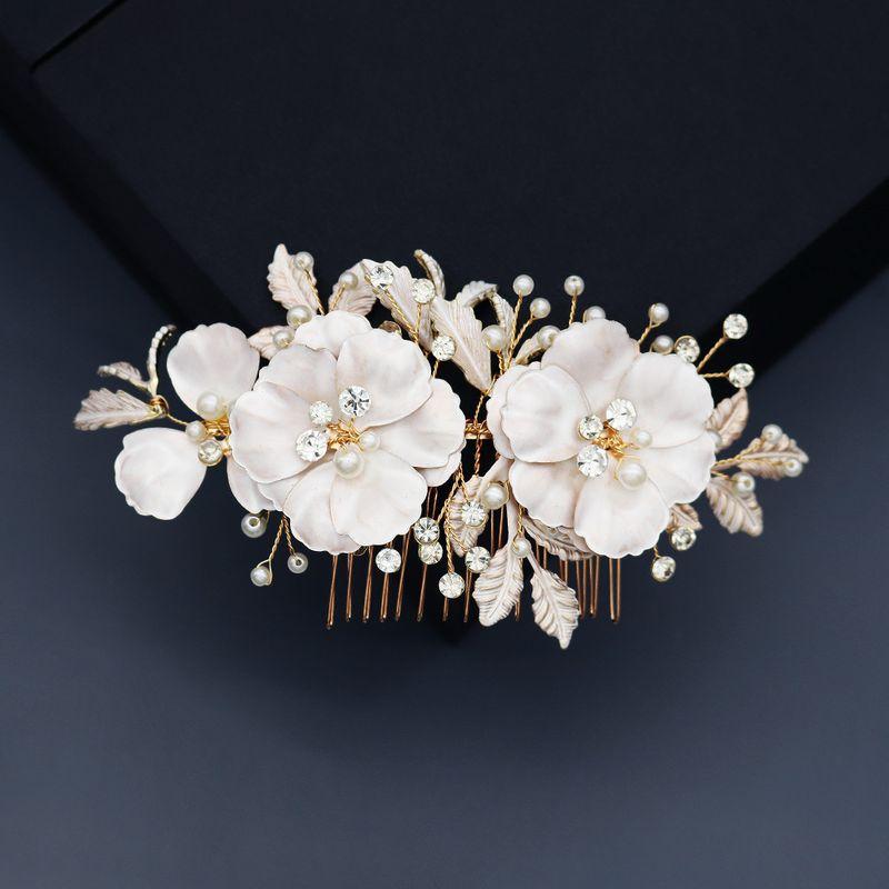 beautiful flowers pearl comb handmade rhinestone comb bridal hair headdress wholesale nihaojewelry NHHS244623