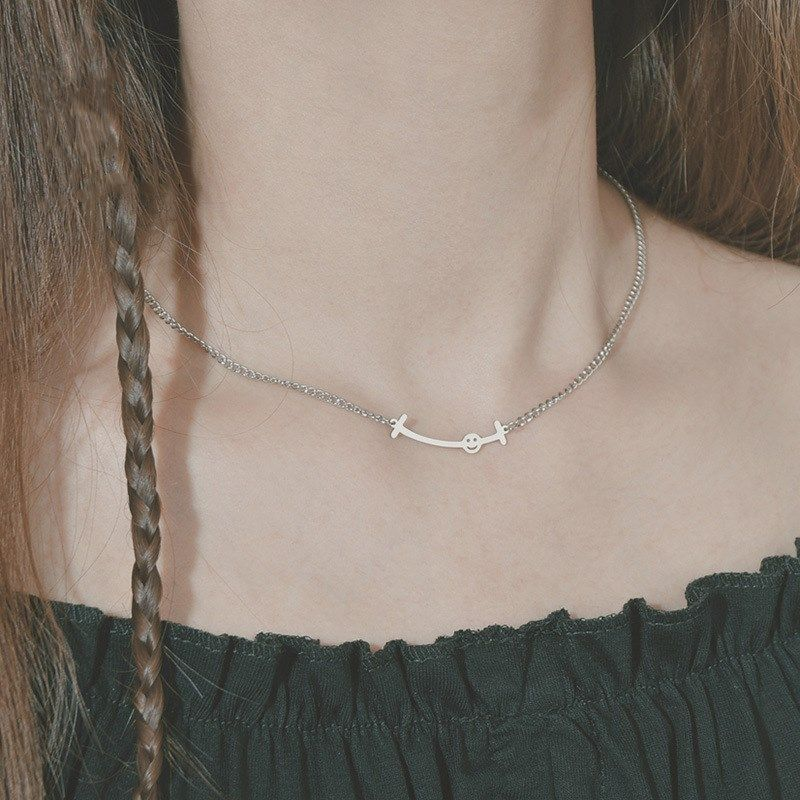 New simple fashion Korean smiley face clavicle chain titanium steel necklace NHHF244304