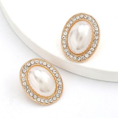 boucles d'oreilles ovales en alliage de diamants et de perles en gros nihaojewelry NHJE244899's discount tags
