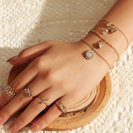 bracelet en zircon micro-incrusté simple bague de feuille de papillon en gros nihaojewelry NHNZ245238's discount tags