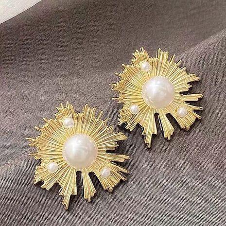 925 Silver Needle  Korean Fashion Seaweed Flower Pearl alloy Stud Earrings NHSC245512's discount tags