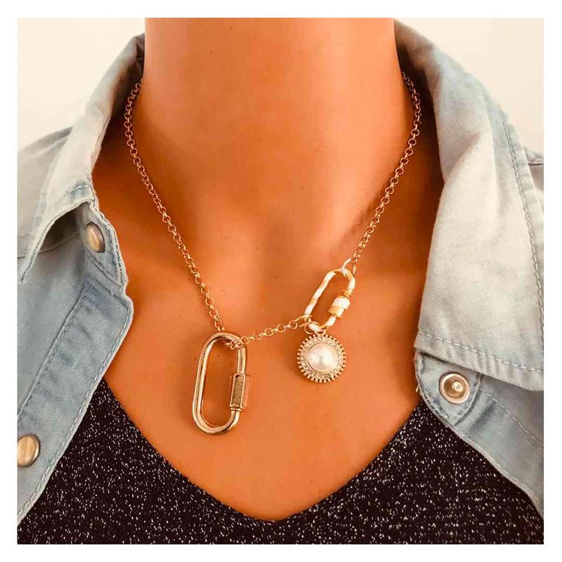 fashion simple pearl alloy pendant oval carabiner link buckle necklace  NHCT245657