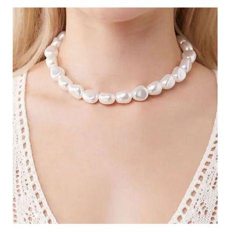 Collar de moda simple de perlas de forma irregular de moda para mujeres al por mayor NHCT245667's discount tags