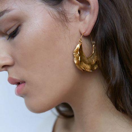 alliage d'or géométrique longue boucle d'oreille simple créative exagérée en gros nihaojewelry NHLA246180's discount tags