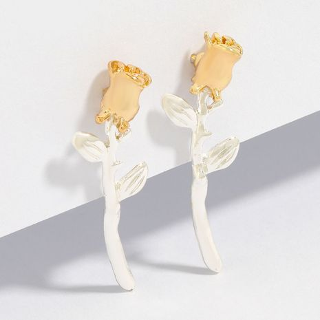 Creative fashion simple alloy rose flower beautiful earrings wholesale nihaojewelry NHJE246219's discount tags