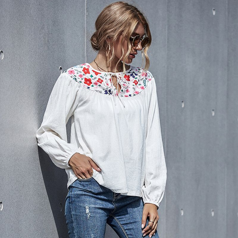 cotton and linen embroidery slim top loose T-shirt linen retro long-sleeved girls shirt wholesale  NHDF246750