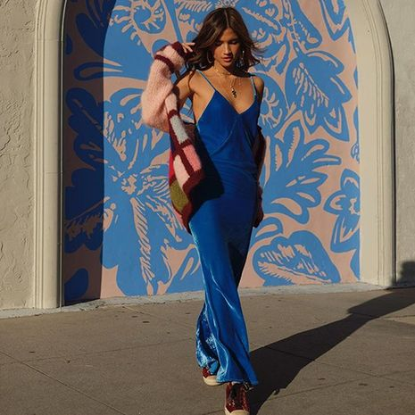 Moda nuevo otoño coreano terciopelo azul marino sling split vestido largo de mujer NHDF246783's discount tags