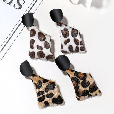 Trend Mode Leopardenmuster Plüsch Koreanische lange Ohrringe für Frauen NHXI246900's discount tags