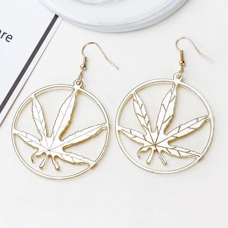 Nouvelle coréenne acrylique mode exagérée à la mode boucles d'oreilles feuille d'érable d'or en gros nihaojewerly NHXI246913's discount tags