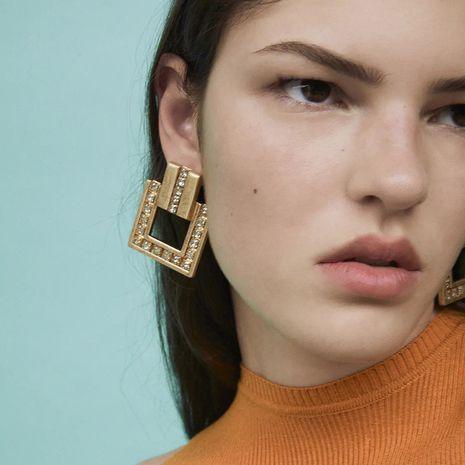 boucles d'oreilles créatives exagérées géométriques en métal carré strass en gros NHLA247711's discount tags