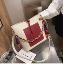 new trendy Korean allmatch messenger shoulder fashion retro bucket simple and largecapacity bag womens bag  NHTC247972