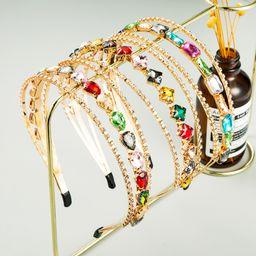 Banda de pelo hueca de color de moda con clip de flequillo de múltiples capas de aleación simple coreana para damas NHLN247998