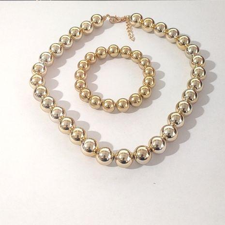Vente chaude nouveau bracelet rétro simple grande marque chaîne de perles collier pour femmes à trois couches en gros NHLL248070's discount tags