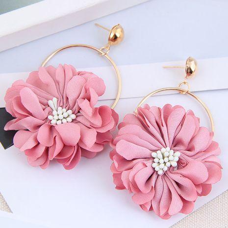 Boucles d'oreilles en alliage exagérées de pétales en couches concises de mode pour les femmes NHSC248186's discount tags