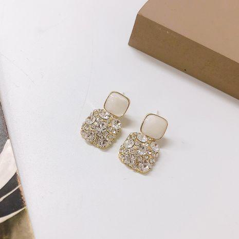 Boucles d'oreilles en diamant carré aiguille argentée géométrique coréenne de la mode en gros NHWF248088's discount tags