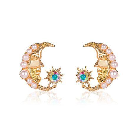 nouveau baroque petite perle fraîche soleil doux boucles d'oreilles en alliage de visage de lune simple pour les femmes NHCU248235's discount tags