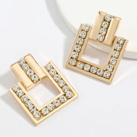 Boucles d'oreilles en acrylique incrustées de diamants en alliage carré multicouche exagéré en gros nihaojewelry NHJE248645's discount tags