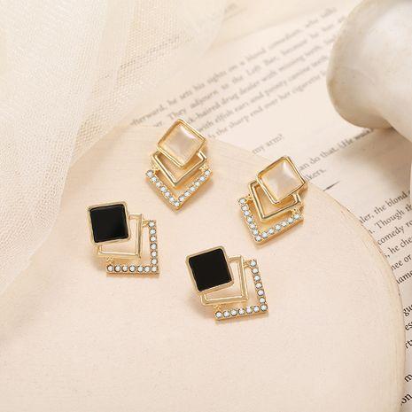 S925 aiguille d'argent Corée boucles d'oreilles d'opale rétro simples boucles d'oreilles géométriques en gros nihaojewelry NHPF248938's discount tags