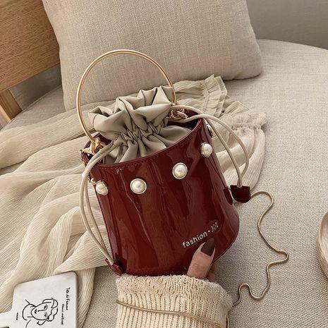 nuevo bolso del cubo de las mujeres de la moda del mensajero de charol salvaje coreano de moda NHLH248968's discount tags