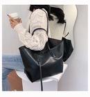 The new trend allmatch large capacity single shoulder handbag wholesale NHTC249257