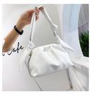 Simple ladies oneshoulder handbags new fashion fold portable cloud messenger bag wholesale NHTC249319