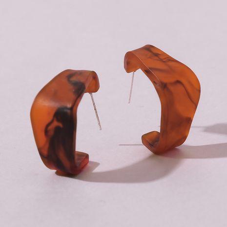 Boucles d'oreilles créatives en résine ambre de type C All-match en gros NHMD249961's discount tags
