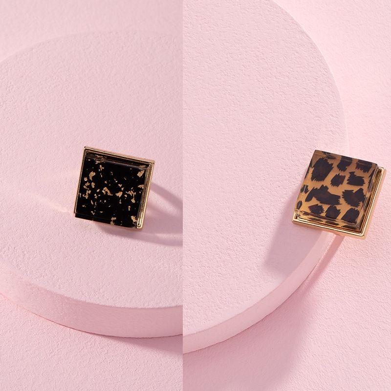 Korean hip-hop ring resin leopard print translucent tail ring wholesale NHAI250027