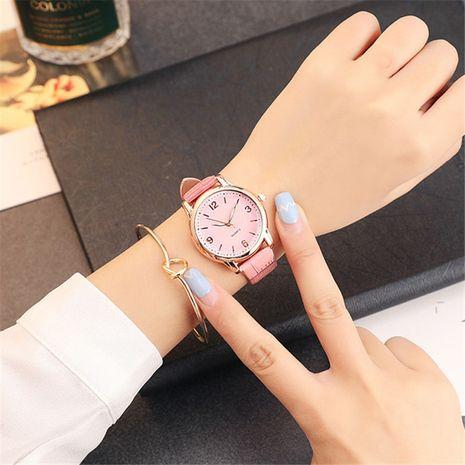 Las señoras simples coreanas de la moda miran la venta al por mayor del reloj del cuarzo de la correa de la PU de la moda NHSS250047's discount tags