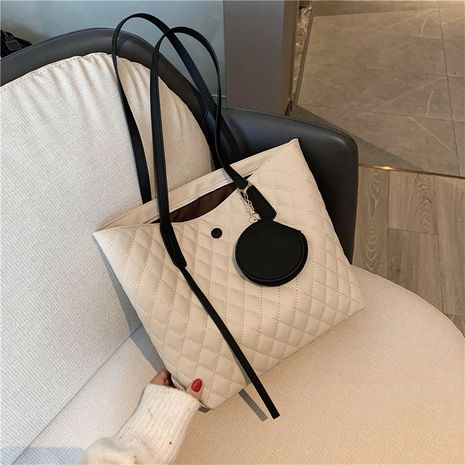 Large-capacity  new Korean fashion one-shoulder tote bag  NHJZ250818's discount tags