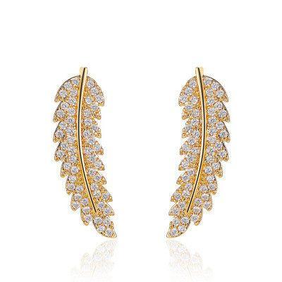 Nueva moda salvaje personalidad de hoja de diamante completo simple micro-incrustaciones pendientes de hoja de circón al por mayor NHMO240336's discount tags