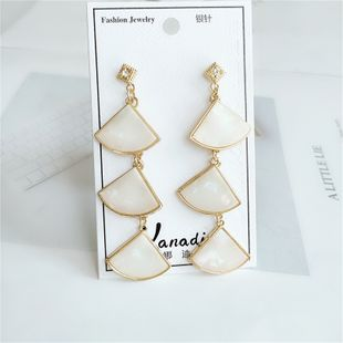 new trend personality diamond alloy fashion leaf earrings wholesale  NHVA240406's discount tags