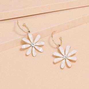 fashion new Korean daisy earrings Korean S925 silver needle flower earrings wholesale nihaojewelry NHKQ240485's discount tags
