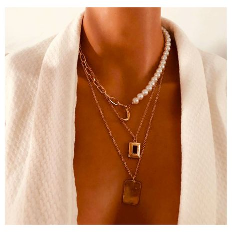 mode multi-couche imitation perle croissant d'or pendentif collier rétro multi-couche bijoux en gros nihaojewely NHCT240506's discount tags