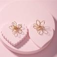 NHAI877686-Flower-earrings