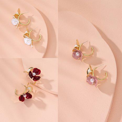 Pendientes de moda simple nuevo pétalo de las mujeres al por mayor nihaojewelry NHAI240595's discount tags
