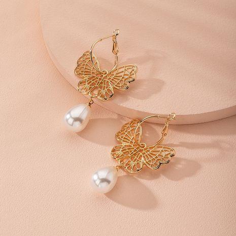 Pendientes vintage clásicos de perlas huecas de mariposa Pendientes retro de estilo chino al por mayor nihaojewelry NHAI240598's discount tags