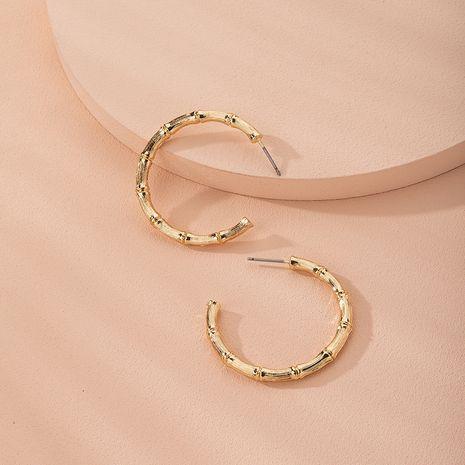 Anillo de metal de apertura en forma de C simple elegante de moda de bambú pendientes de moda al por mayor nihaojewelry NHAI240644's discount tags